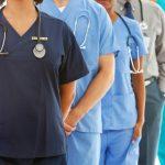 国が地域包括ケアで本当に評価すべき診療所とは??一人で外来も訪問もする診療所を評価するのは正しいの?