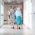 病院での高齢者医療の限界は外部からみるとよくわかる。フレイルの状態の高齢者いつまで病院で診るの?