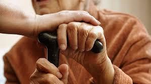"""緩和ケアでのリハビリ治療、""""患者さんらしさ""""を大事にするためにも重要です。"""
