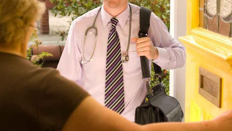 「定期訪問している患者さん以外は往診対応はできません」では地域ニーズに答えらえない・・
