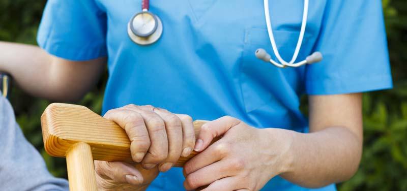 訪問頻度やアセスメント内容について、訪問看護師は在宅医の意見を聞くべからず!