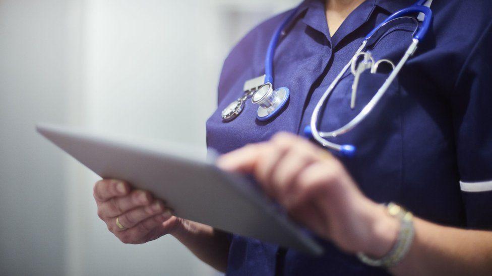 """""""看護師の日雇い派遣""""はまず間違いなく現場の医療の質を落としますね。"""